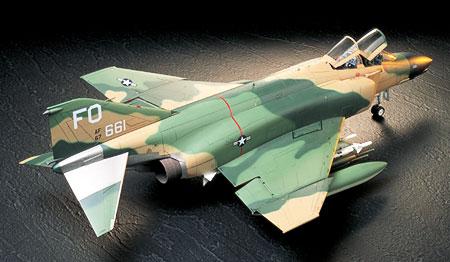 aereo-modello-statico-f-4c-d-phantom-2-tamiya60305-foto1