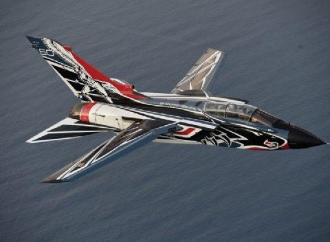 tornado-aereo-italeri-2766-foto1