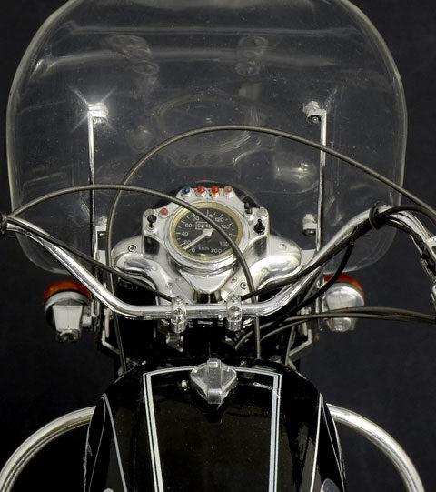 moto-guzzi-california-modello-statico-italeri-f4