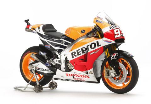 tamiya-14130-honda-repsol-foto1-moto