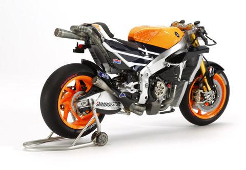tamiya-14130-honda-repsol-foto4-moto