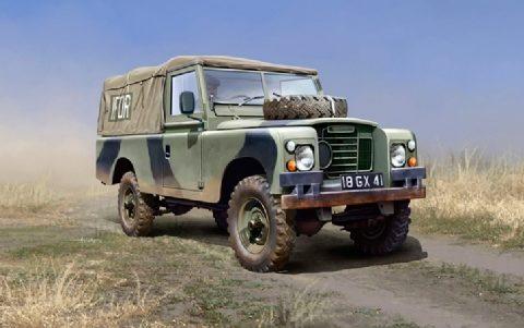 italeri-6508-land-rover-109-lwb