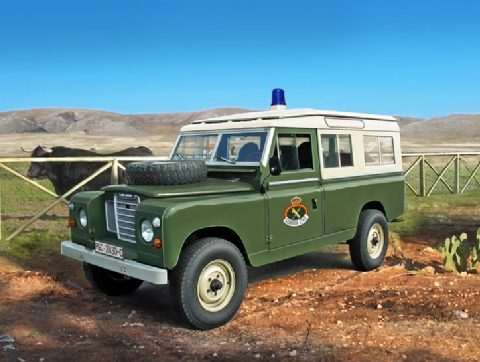 italeri6542-land-rover-guardia-civil