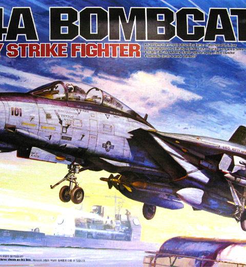 academy_12202-f14-tomcat-bombcat