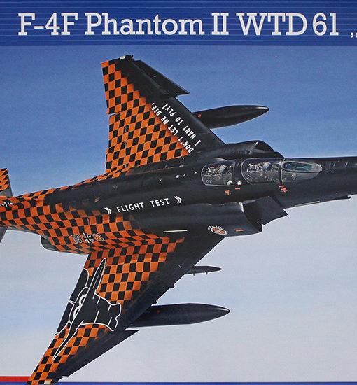 revell_04895_f4f-phantom-flight-test