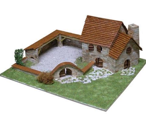 aedes-1414-costruzioni-in-mattoni-kit-modellismo-foto1